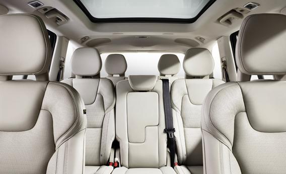 08DEC14_XC90_interior