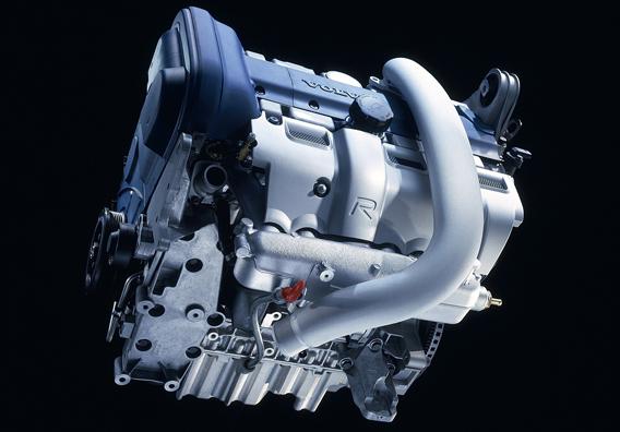 12AUG14_V70R_engine