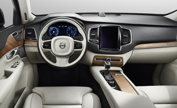 17AUG14_XC90_interior