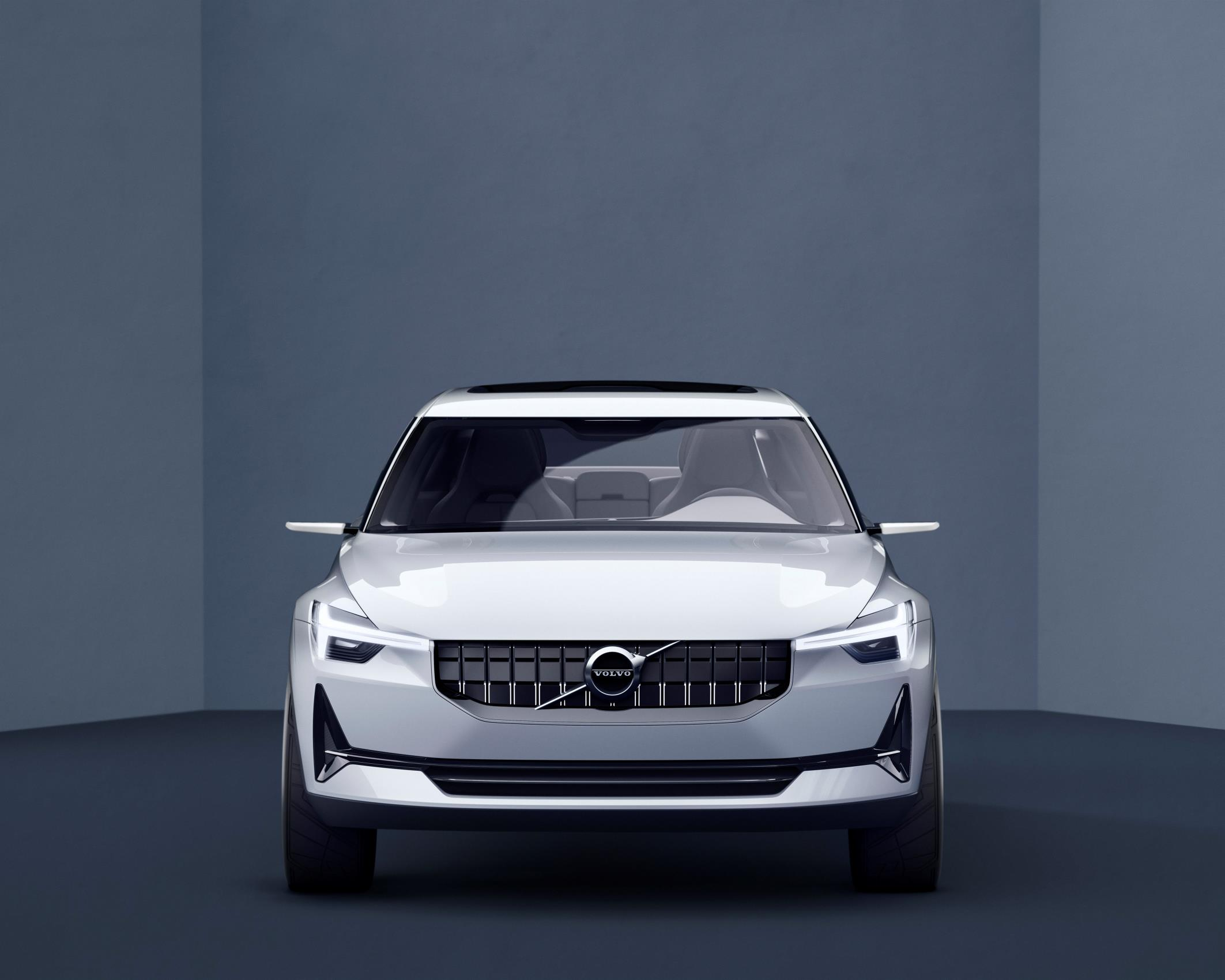 190844_Volvo_Concept_40_2_front