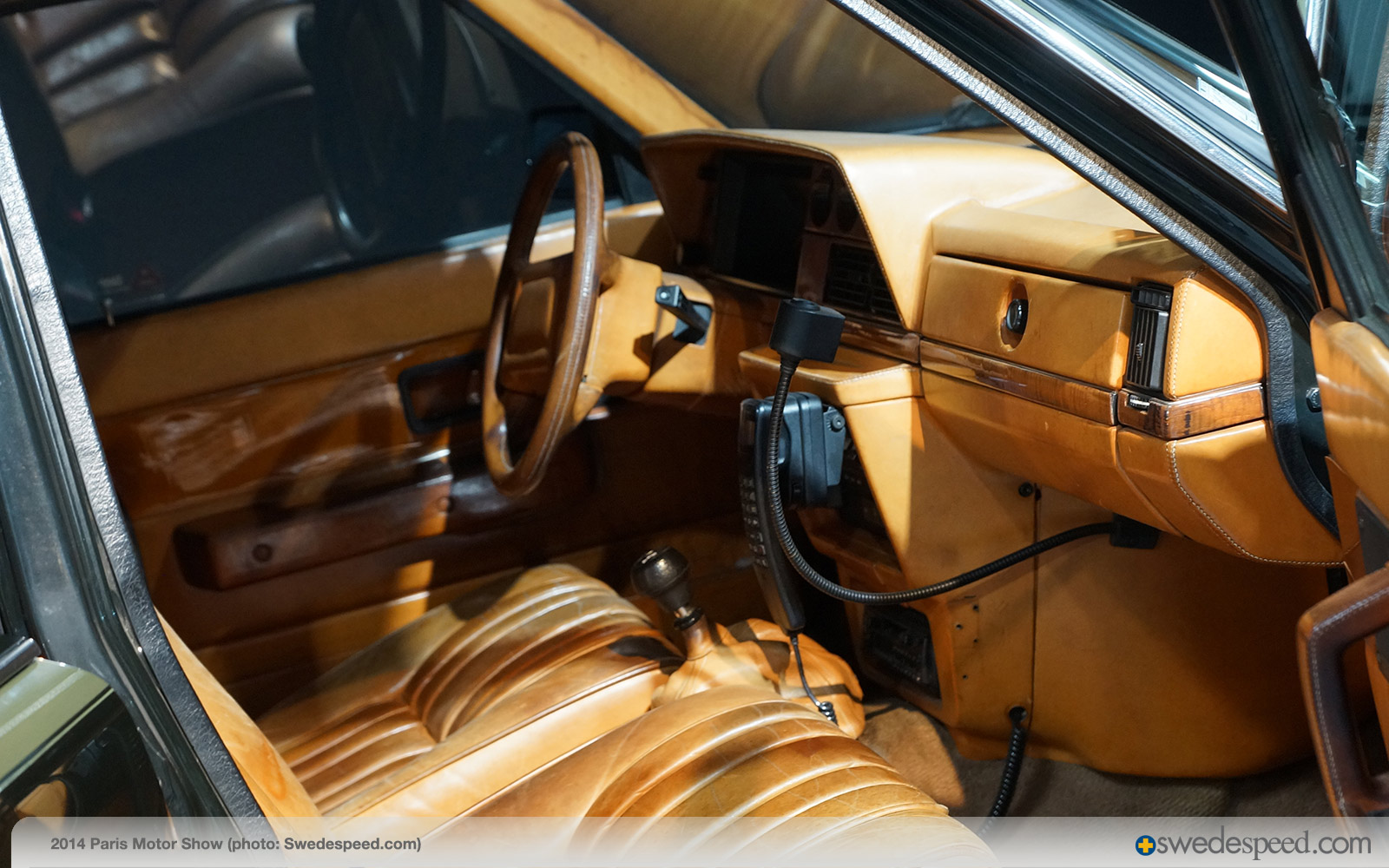 """Ex-Hermés 1984 Volvo 240 Turbo Wagon Part of """"Cars & Fashion"""" Display in Paris - Swedespeed"""