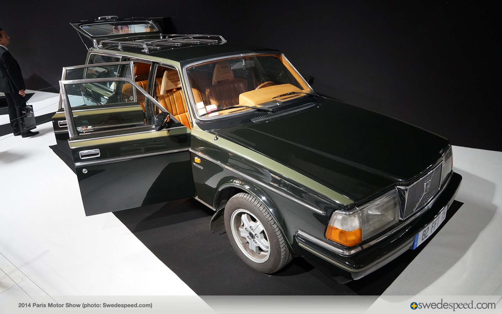 ex herm s 1984 volvo 240 turbo wagon part of cars fashion display in paris swedespeed. Black Bedroom Furniture Sets. Home Design Ideas