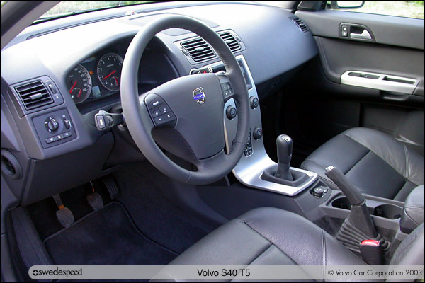 first drive 2004 5 s40 t5 rh swedespeed com 2000 volvo s40 manual download 2004 volvo s40 manual